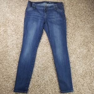 Gap| maternity true skinny jeans size 8 med wash